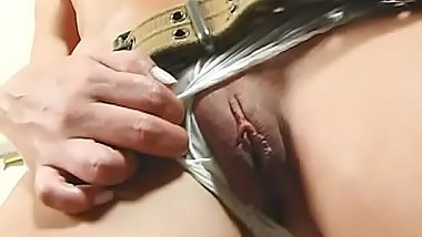 Seductive girlfriend actually loves receiving fresh jizz loads