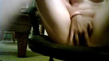 18yo brunette US girl playing omegle game in daddys office dancing