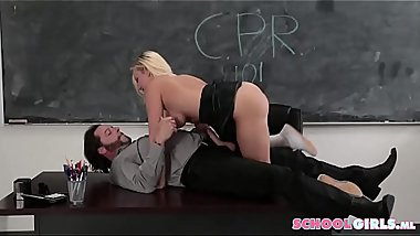 Beautiful Schoolgirl Fucking Married Teacher