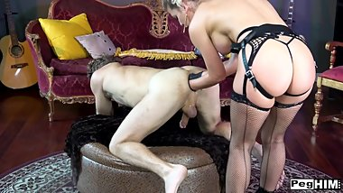 Cherie Deville Double Fisting Strapon Pegging Gaping Stretching TheGapeGats