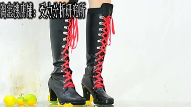 Chinese cosplay femdom trample food crush kicking kick boots boots