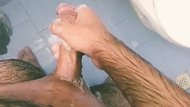 Shaving at shower and masturbate until cum :P