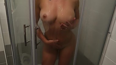 Hot babe was teasing me until fucked her soaking wet pussy under shower