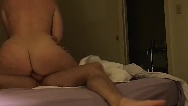PHAT ASS REDHEAD RIDES DICK