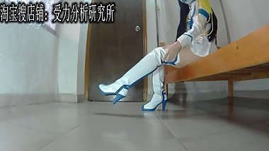 Chinese food trample in thigh hight white and blue boots femdom