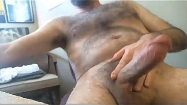 Sexy Daddy with great beard jerking off and drinks cum