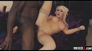 Curvy beauty blonde Christina Shine fucks monster BBC on first meeting