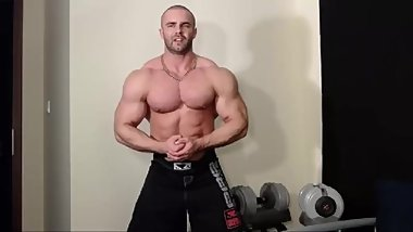 bodybuilding on compression shirt (more private)