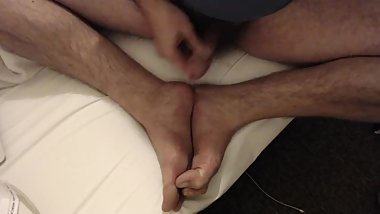 I Cum on My Feet