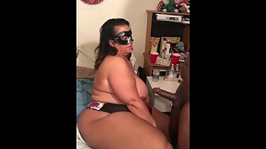 PAWG BBW Ass Rub Leads to BBC BLOW Job{follow IG@MissRobbieLee