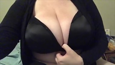 Huge Natural Tits Titty Drop