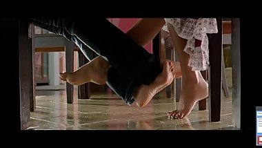 Amala Paul Arya footsie under table soles - Indian Tollywood - Vettai