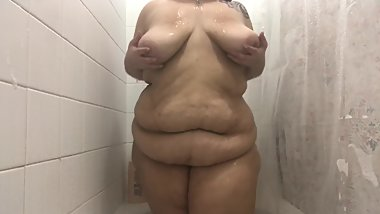 Latina BBW showers and plays with butt plug