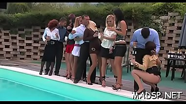 Hard body studes and babes have a pleasure a luscious sex party