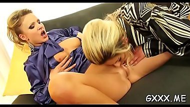 Concupiscent mature lesbian gets her cum-hole worked hard by lover