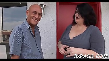 Fat bitch gets her clean shaved cookie nailed on camera