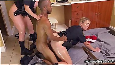 Hot amateur milf rides dick Black Male squatting in home gets our
