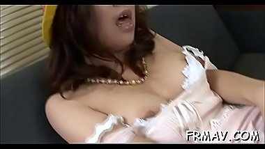 Lovely japanese darling gives electrifying orall-service