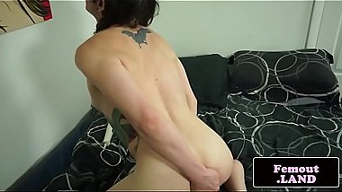 Inked tranny toying herself in closeup