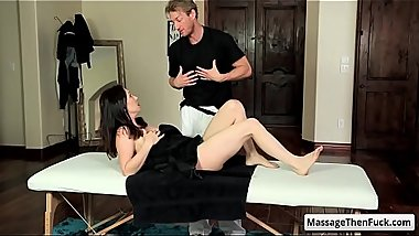 Sexy brunette milf RayVeness get her nice round boobs rubbed during relaxing massage
